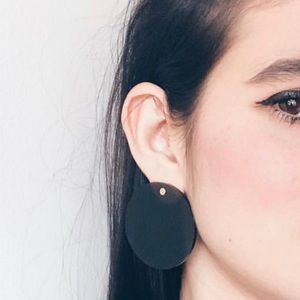 Black clear earrings from Hellobaleen
